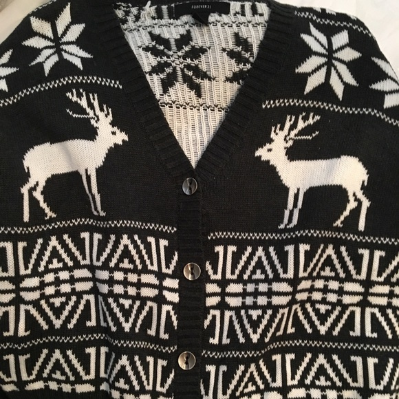 Forever 21 Sweaters - Forever 21 Christmas sweater